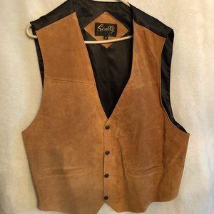 NWOT Men's leather vest.